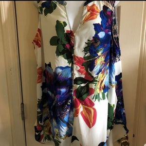 Anthropologie fig and flowers tank top